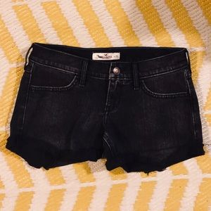 Hollister Worn Black Size 3 or 26 Shorts Jean